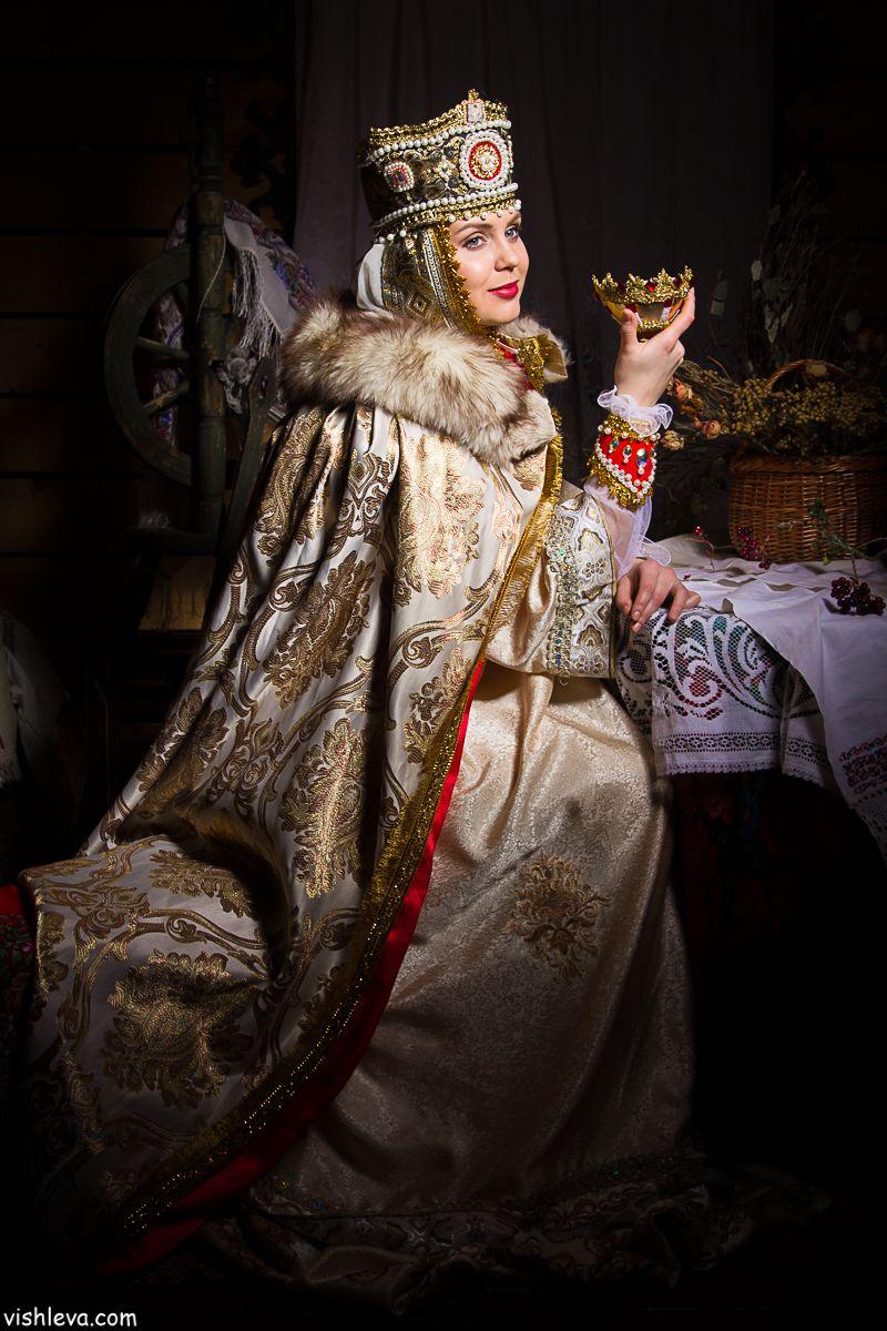 чем фотосессия в исторических костюмах москва одно заблуждение что
